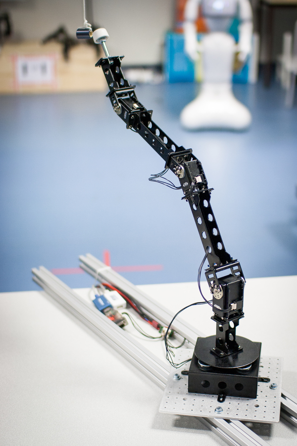 simple 4-dof robotic arm